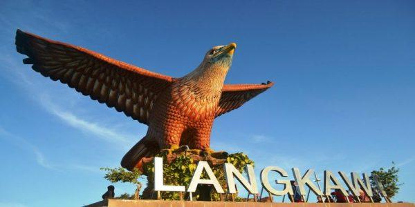 singapur-malayziya-s-plyazhnym-otdyhom-na-krasiveyshem-ostrove-langkavi0