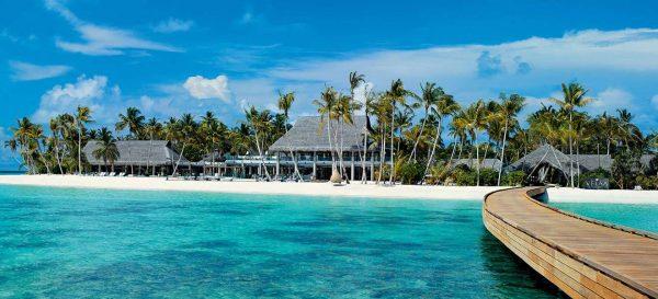 csm_velaa-private-island-1-c-beigestellt-2640_b1792257e8