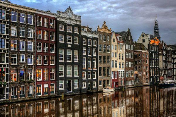 korolevstvo-niderlandy-dostoprimechatelnosti